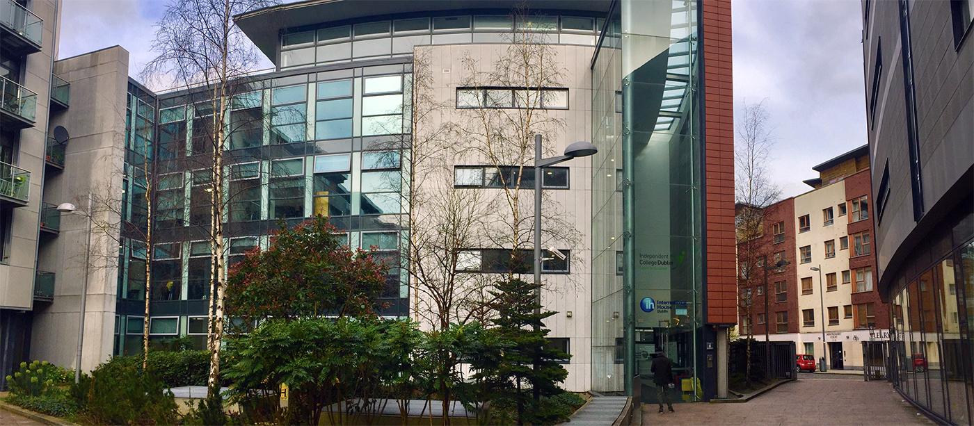 Ih Dublin Dil Okulu Binası. Dublin dil okulları ve work and study eğitimleri.